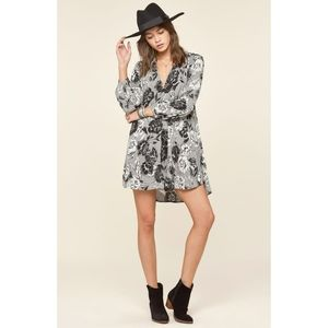 "Amuse Society | NWT ""Etta"" Floral Shirt Dress"